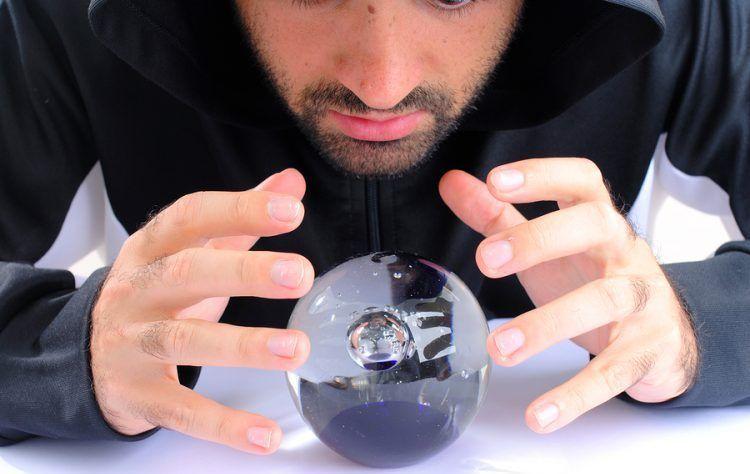lire une boule de cristal